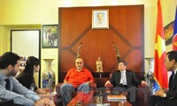 Italian, Vietnamese communist parties share experience