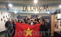 Argentines discuss Vietnam in renewal process