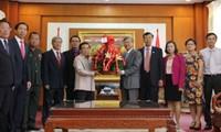 Lao leaders congratulate Vietnam National Day