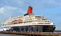 SEA, Japanese youth ship anchored in HCMC