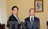 PM receives Ambassador and head of the EU Delegation to Vietnam