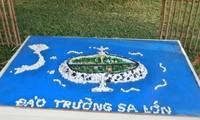 Education on sea and island patriotism from Hoang Sa and Truong Sa map models