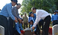 A ceremony to rebury the remains of Vietnamese soldiers and experts died in Cambodia