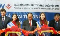 Prime Minister Nguyen Xuan Phuc attends Vietnam-Russia business forum