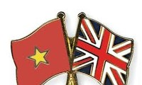 Leaders extend congratulations on UK National Day