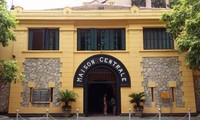 Hoa Lo prison historical relic site receives US veteran's remembrances
