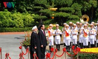 Vietnam, Iran issue joint statement on Iran President's visit