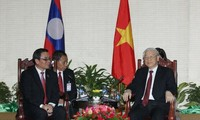 Party leader Nguyen Phu Trong conludes visit to Laos
