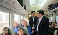 Deputy Prime Minister Trinh Dinh Dung inspected railways infrastructure