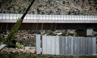 Israel extends the West bank security barrier