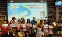 "Thien Nhan's ""Drawing a fairy tale"" program"