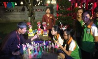 Mid-autumn festival with special art performance takes place in Temple of Literature