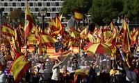 Spanish government takes control of Catalonia