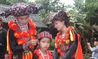 Motherhood goddess worshipping ritual of Red Dao