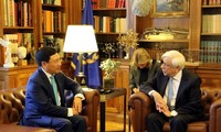 Greek President backs all-round cooperation with Vietnam
