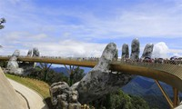 Golden Bridge – new masterpiece on Ba Na Hills