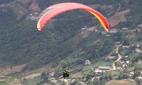Paragliding festival to be held in Yen Bai late September