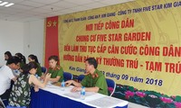 Hanoi provides mobile service for ID registration