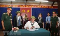 Cuba's leader closes trip to Vietnam