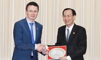 Kota Ho Chi Minh dan Irlandia memperkuat kerjasama pendidikan dan kesehatan