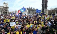 Biggest march in decades held in London on Brexit deal