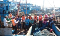 Coast Guard accompanies fishermen in safeguarding national sovereignty
