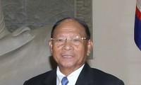 Top Cambodian legislator begins official visit to Vietnam