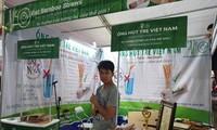 Vietnamese company exports bamboo drinking straws