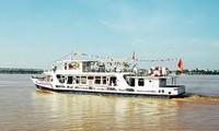 Balade en bateau sur le fleuve Rouge