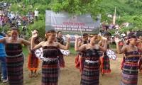 La danse de communion avec Dieu chez les Cơ Tu