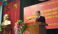 La conférence nationale pour saisir les résolutions du 8ème plénum du CC du PCV