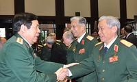Rencontre à l'occasion du 70e anniversaire de l'Armée populaire vietnamienne
