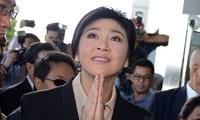 Thaïlande: l'ex-Première ministre clame son innocence devant la justice