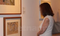 Exposition des oeuvres d'art sur la guerre du Vietnam à Singapour