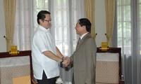 Le président philipin invite son homologue vietnamien aux activités de l'APEC