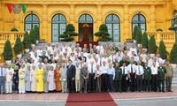 Les anciens prisonniers révolutionnaires reçus par le président Truong Tan Sang