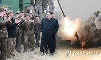 Kim Jong-un supervise des essais d'un nouveau lance-roquettes multiple