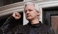 Julian Assange: le parquet suédois requiert sa détention dans l'affaire de viol