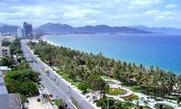 Lebih dari 50 aktivitas yang khas dalam Festival Laut Nha Trang 2013.