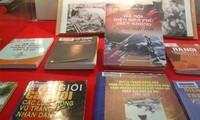 """Pameran """"Dien Bien Phu di udara melalui dokumen-dokumen dalam dan luar negeri"""""""
