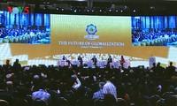 Presiden Tran Dai Quang menghadiri dan membacakan pidato pembukaan Konferensisi  Tingkat Tingkat Tingkat Tinggi APEC 2017