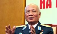 Mayor Jenderal Nguyen Van Phiet- Komandan yang menembak jatuh pesawat terbang B-52 di wilayah udara Kota Hanoi