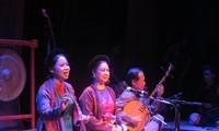 Ansambel Musik Klasik Dong Kinh membarui musik tradisional