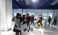Ruang budaya kreatif memberikan aktivitas-aktivitas budaya yang kaya raya kepada massa rakyat