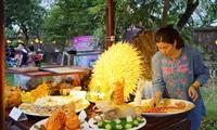 Kuliner istana dan kerakyatan daerah  Hue