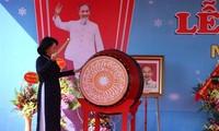 Pimpinan Partai Komunis dan Negara Viet Nam menghadiri pembukaan tahun ajar 2018-2019