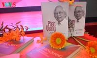 """Potret wartawan Phan quang melalui buku: """"Phan Quang- berusia 90 tahun  dan usia kerjanya 70 tahun"""""""