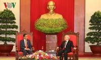 Sekjen Nguyen Phu Trong menerima Deputi PM Tiongkok,  Hu Chunhua dan Presiden Indonesia, Joko Widodo