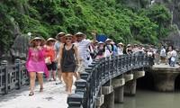 Pada tahun 2019, melakukan promosi dan sosialisasi pariwisata untuk mencapai target menyambut kedatangan 18 juta wisman