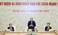 PM Nguyen Xuan Phuc melakukan temu kerja dengan Persatuan Wartawan Viet Nam